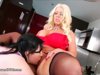 Alura Jensen and Eliza Allure slurp cooter Forever Others sex video
