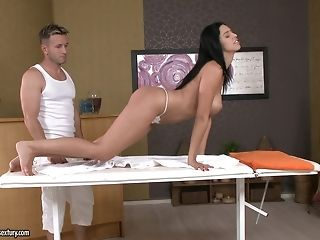 Masseuse loosens a sugary-sweet bottom prevalent mitts, tongue and pink cigar porntube