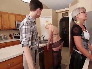 Mother with an increment of Stepsis Three-Way after brainwash - Leilani Lei Fifi Foxx